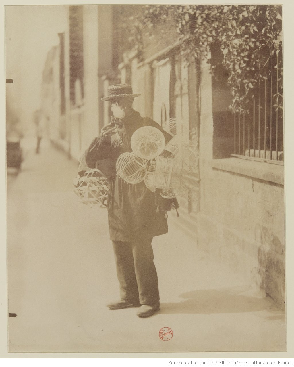 Eugène ATGET, Marchand d'ustensiles de ménage, 1899